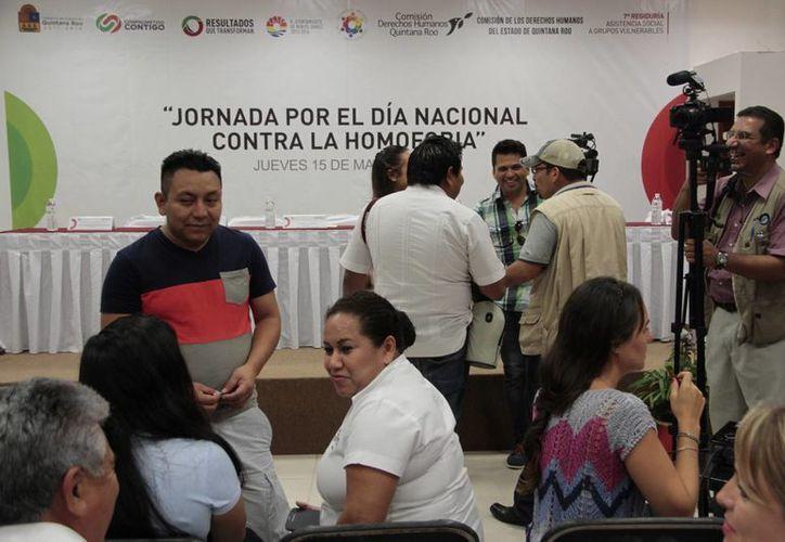 En el marco del Día Nacional Contra la Homofobia, autoridades señalaron que trabajan para luchar contra este mal. (Tomás Álvarez/SIPSE)