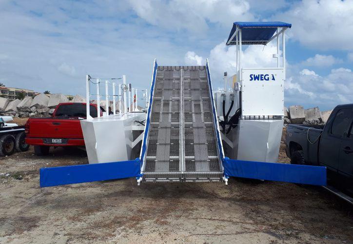 Es un barco que se mandó a hacer y se encuentra en Puerto Morelos. (Redacción/SIPSE)
