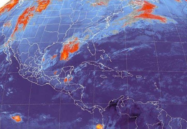 Se pronostica una temperatura de templada a cálida, nubosidad y lluvias en la porción media y sur del estado, principalmente por la tarde y noche. (Redacción/SIPSE)