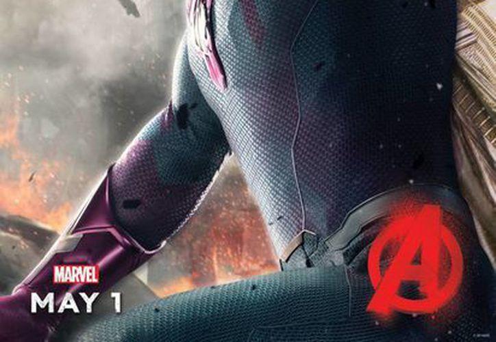 Paul Bettany interpreta a Visión en Avengers: Age of Ultrón, nuevo filme basado en comics de Marvel a estrenarse este viernes. (Foto:AP)