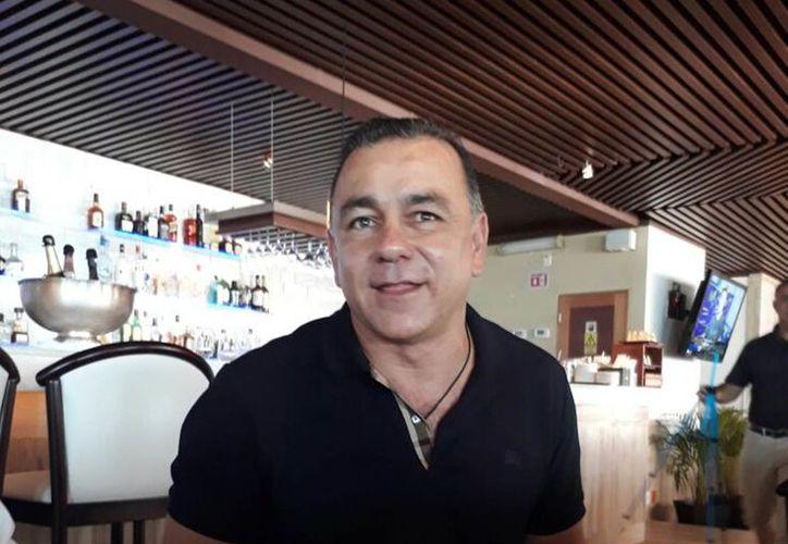 Carlos Mimenza, precandidato independiente a la Presidencia de la República, niega conocer el caso. (Foto: La Silla Rota)