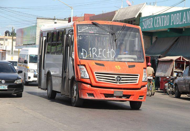 Los vehículos cubrirán las rutas Calderitas directo, Calderitas colonias, Bicentenario y Caribe. (Foto: David de la Fuente/SIPSE)