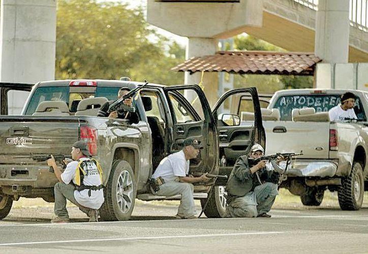 Civiles armados del Estado de México aseguran que no pertenecen a ninguna organización de autodefensa. (Milenio/Archivo)