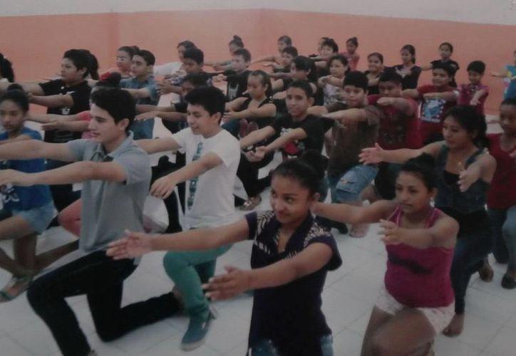 El ballet 'Los Niños Mayas de Cancún' se presentará en República Dominicana.  (Cortesía)