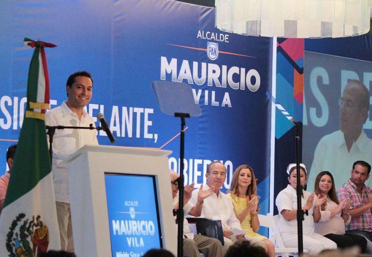Mérida se tiene que convertir en una marca, en un sello de distinción que despierte pasión, comprenda valores y dé por resultado una mejor vida para todos, señaló Mauricio Vila. (SIPSE)