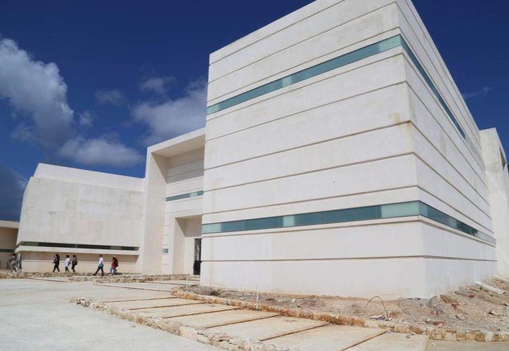 El Hospital General tiene un avance en las tres primeras etapas de 95%. (Luis Soto/SIPSE)