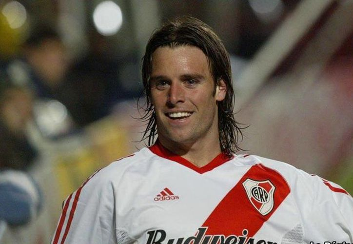 Cavenaghi ha militado en más de seis equipos, entre ellos el River Plate. (www.riverplate.com)