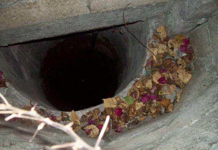 Este es el pozo en donde una familia ha visto que se guarda un alux.