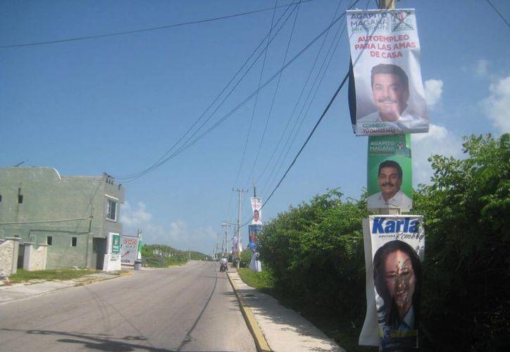 Espera el Ieqroo el retiro de toda la publicidad electoral. (Lanrry Parra/SIPSE)