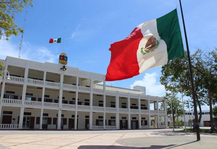 El Gobernador del Estado realizó la reestructuración de la deuda dejada por el anterior gobierno, misma que supera los 19 mil millones de pesos. (Joel Zamora/SIPSE)