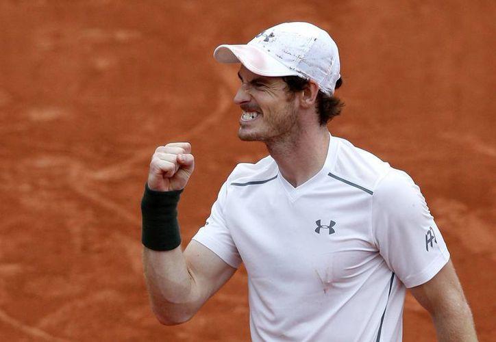 Andy Murray venció este miércoles 6-7, 7-6 (3), 6-0, 6-2 al francés Richard Gasquet. (AP)