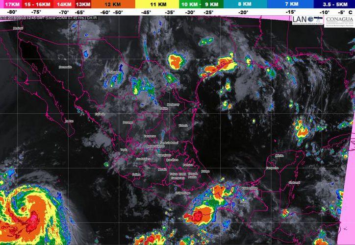 """La Depresión Tropical """"Siete"""" en el Océano Atlántico se localizó a 775 km al este-noreste de las costas de Quintana Roo. (Conagua)"""