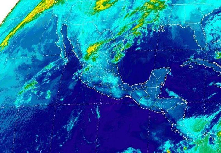 Prevén un cielo despejado con ambiente caluroso para Cancún. (Conagua)