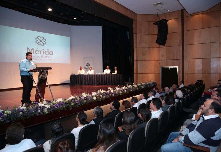 Preservar la riqueza tangible e intangible de Mérida, entre los principales objetivos del  V Simposio sobre Patrimonio Cultural, que inició este lunes y concluirá el 11 de enero. (Foto cortesía del Ayuntamiento)