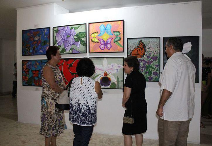 La muestra es una exhibición conjunta de la pintora mexicana Alejandra Arrioja y la colombiana Maryori Pemberty.  (Foto: Redacción/SIPSE)