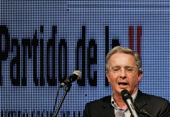 Uribe ha sido uno de los más férreos críticos del modelo de Gobierno que en Venezuela impuso el fallecido presidente Hugo Chávez. (Archivo/EFE)