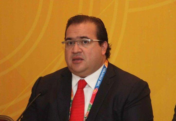 El gobernador de Veracruz, Javier Duarte, asegura que el caso Narvarte poco a poco se está esclareciendo. (Archivo/Notimex)