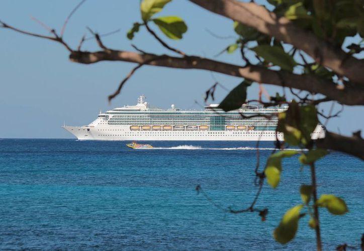 El promedio por día es de 11 mil 200 turistas. (Gustavo Villegas/SIPSE)