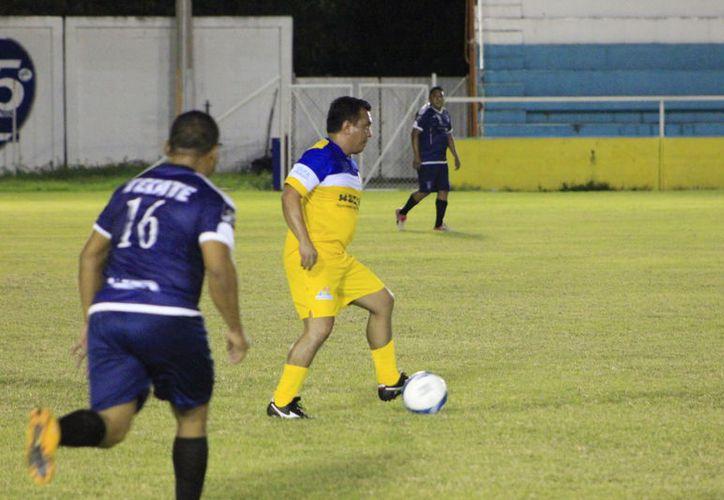 El líder de la competencia goleo 4-1 a Payo Obispo. (Miguel Maldonado/SIPSE)