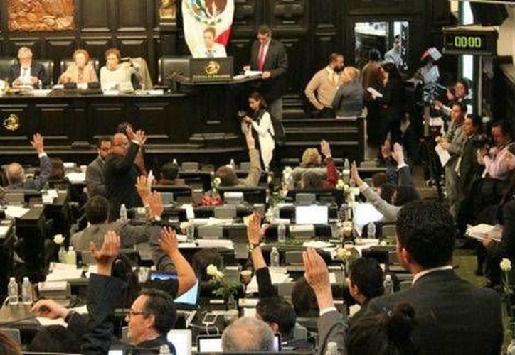 El pleno de la Asamblea Constituyente aprobó la eliminación del fuero para la Constitución de la Ciudad de México.  (Milenio)