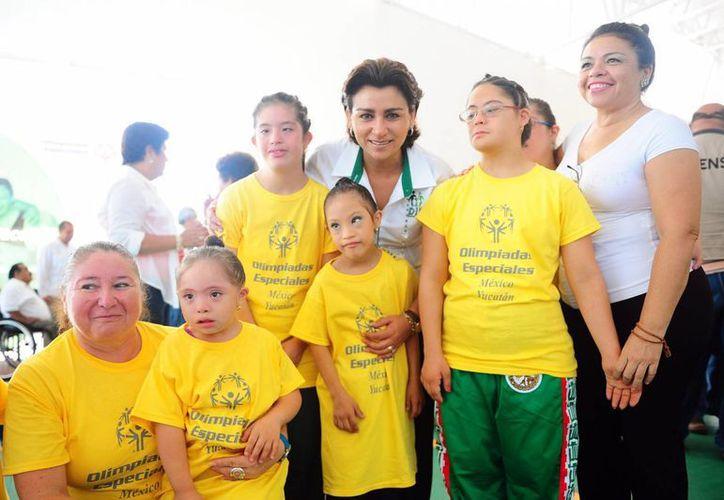 Este sábado fueron inaugurados los juegos estatales de las Olimpiadas especiales, en las instalaciones del Centro Deportivo Paralímpico de Yucatán. (Cortesía)