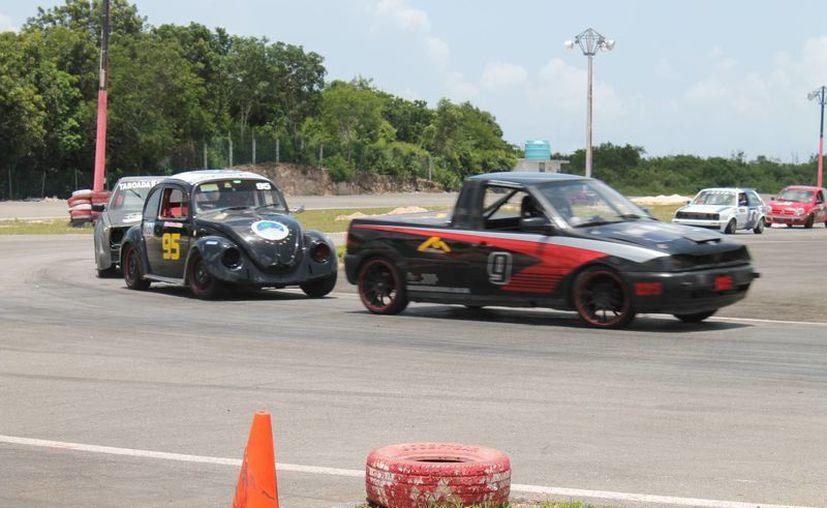 La cita en el autódromo de Cancún será el domingo. (Redacción/SIPSE)