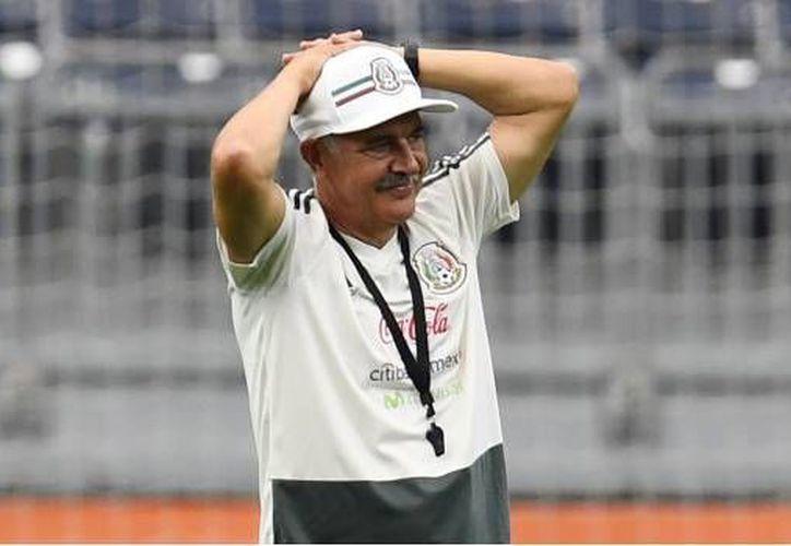 Ricardo Ferreti prepará a los Tigres para su encuentro contra Pachuca. (SDP Noticias