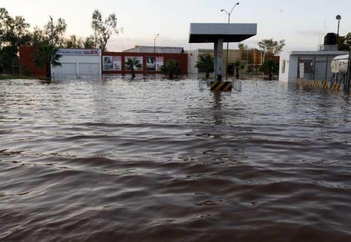 De las 57 carreteras federales afectadas, solo tres permanecen intransitables. según Peña Nieto. (Notimex/Foto de contexto)