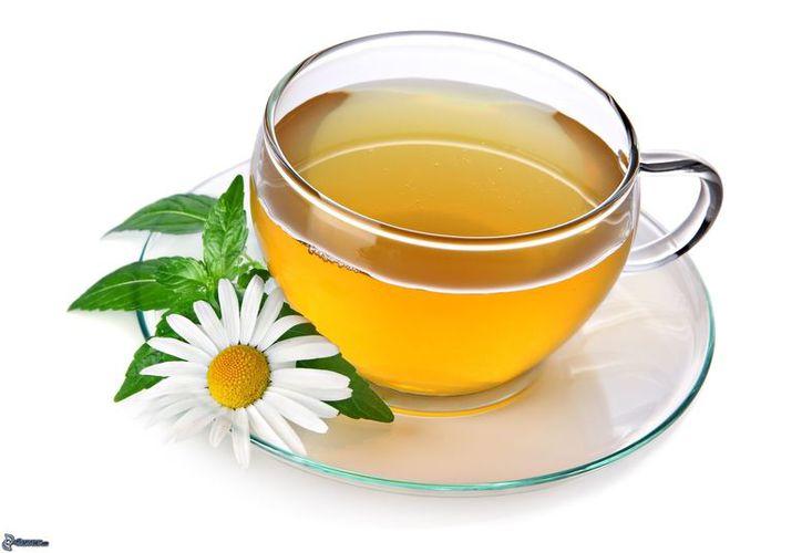 El té ha sido relacionado con un menor riesgo de diabetes, enfermedades del corazón y cáncer. (Imágenes y fondos).