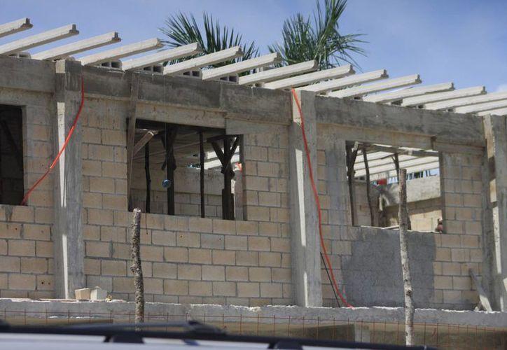 Otra de las opciones es invertir en un reforzamiento de la estructura, pero para ello el Ayuntamiento esperará los resultados de un estudio de mecánica de suelos. (Archivo/SIPSE)