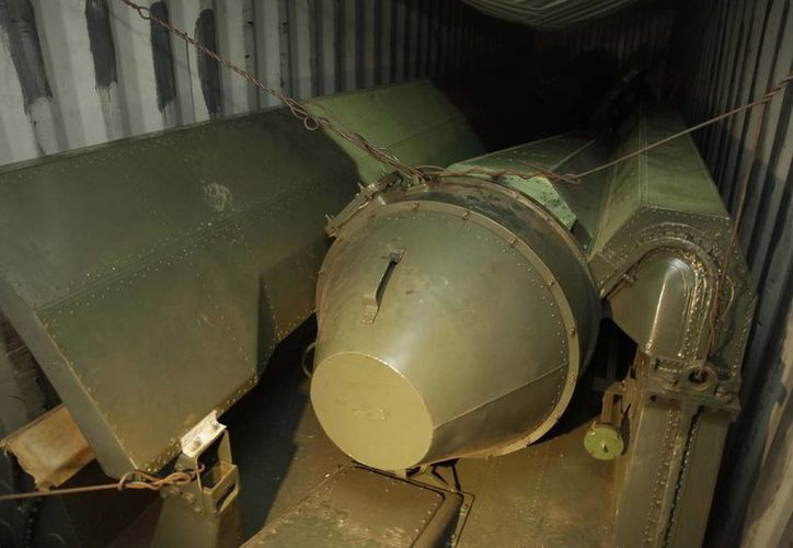 El armamento estaba oculto debajo de 240,000 sacos de azúcar morena. (Agencias)