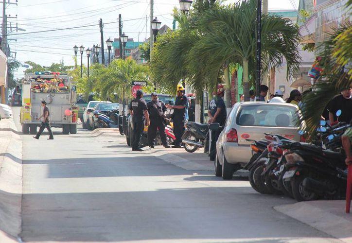Una intensa movilización causó la alarma por la fuga de gas registrada en un hotel del centro de la isla. (Gustavo Villegas/SIPSE)