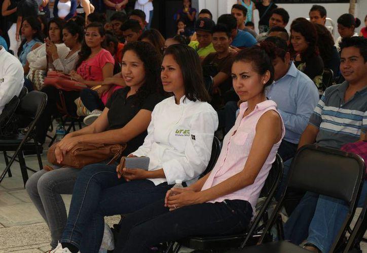La Universidad Tecnológica (UT) Riviera Maya superó este año su récord en alumnos inscritos.  (Adrián Barreto/SIPSE)