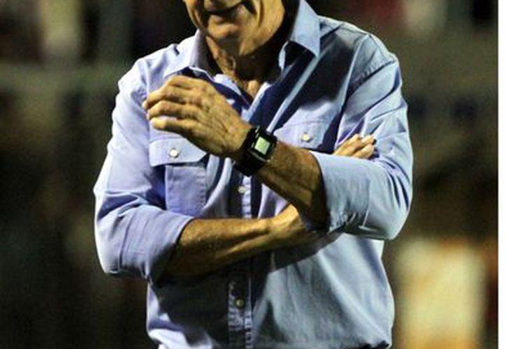 Héctor Hugo Eugui dirigió a los Estudiantes durante ocho meses. (Agencia Reforma)