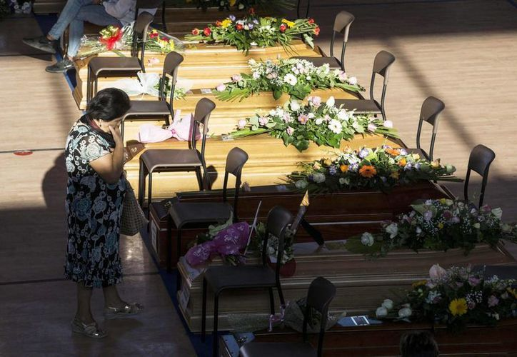 El gobierno italiano decretó ayer una jornada de luto nacional para hoy sábado en todo el país por las víctimas mortales. (EFE)