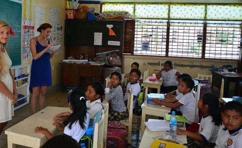 Los maestros son nativos de los Estados Unidos. (Redacción/SIPSE)