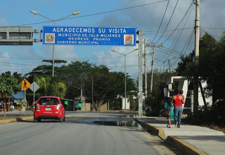 Los habitantes de Isla Mujeres votarán en el municipio Benito Juárez. (Jesús Tijerina/SIPSE)