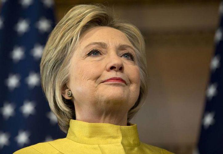 La encuesta mostró que un 87 por ciento de los electores demócratas está convencido de que Hillary Clinton ganaría las elecciones. (Agencias)