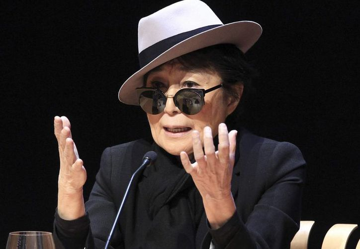 Tras la venta del departamento, Yoko Ono retiró la demanda contra la cooperativa del edificio. (EFE/Archivo)