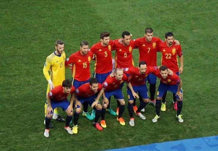 La Selección de España, que dirige Vicente Del Bosque tiene mucho que mejorar ante Italia este lunes, para recuperar ese nivel mostrado al inicio de la Eurocopa 2016. (Notimex).