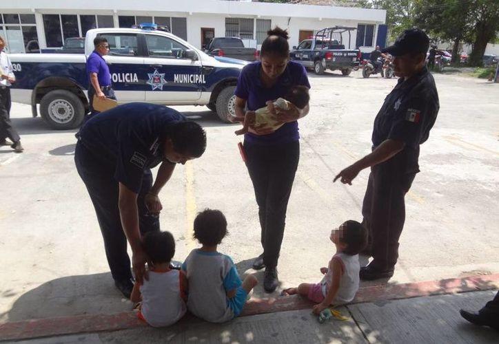 Los niños estaban a cargo de su abuelo materno, quien fue presentado ante el Ministerio Público. (Redacción/SIPSE)
