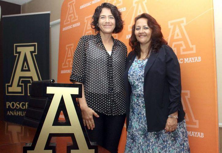 Martha Tello Rodríguez y Sofía Fregoso, académicas de la Unimayab, anunciaron que la  la maestría en Interiorismo Sustentable tiene una duración de dos años. (Milenio Novedades)