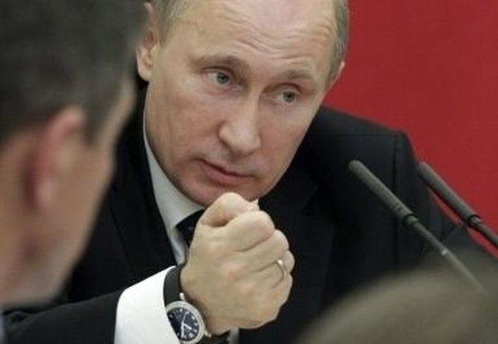 Putin ha separado de sus cargos, hasta el momento, a cuatro ministros del área de Defensa. (Agencias