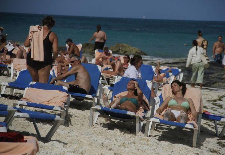 Mantiene Cancún liderazgo económico y turístico. (Israel Leal/SIPSE)
