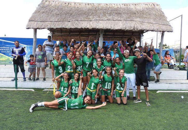 Lagartos de Cancún son amplias favoritas para llevarse la gran final. (Raúl Caballero/SIPSE)