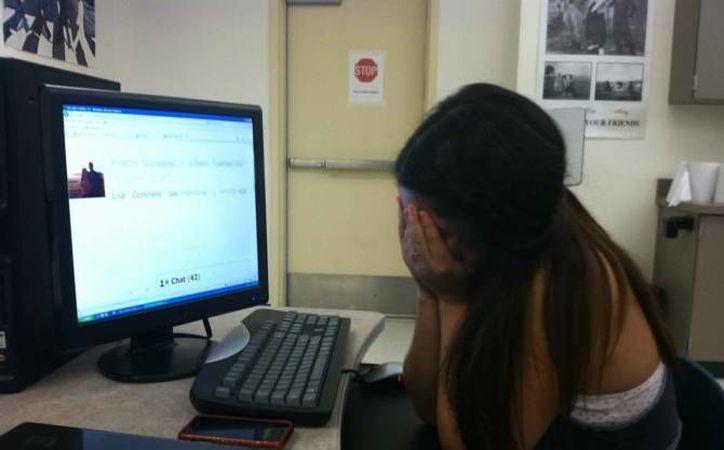 El ciberacoso causa problemas en sus víctimas como la depresión. (Archivo/ SIPSE)