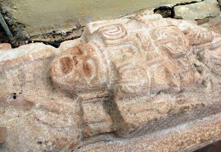 """El """"rey maya"""" se encuentra en el Palacio Municipal de Opichén. (José Acosta/SIPSE)"""