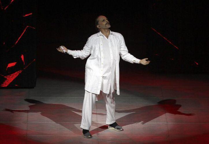 Miguel Bosé realizará una gira musical por México en octubre con su 'Amo Tour'. Y después volará a EU. (Notimex)