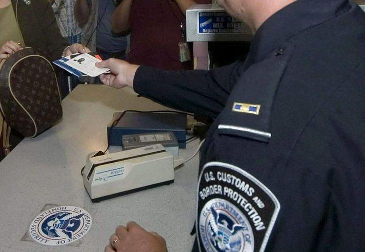 Las nuevas medidas del Programa de Exención de Visa aplicarán para millones de viajeros, en su mayoría europeos, que intenten viajar hacia Estados Unidos. (EFE/Archivo)