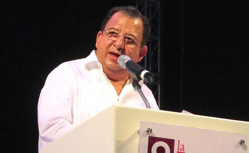 El presidente municipal de Acapulco, Luis Walton,  hizo un llamado al turismo nacional para que visite el puerto. (Notimex)